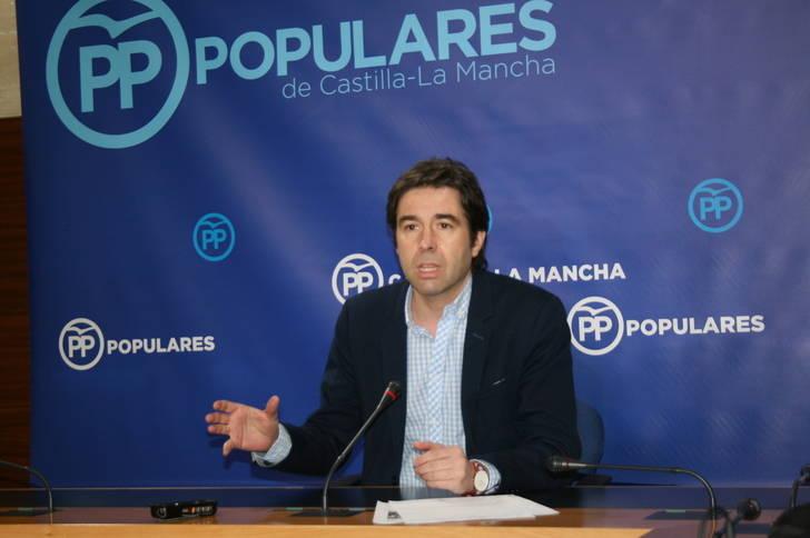 Robisco denuncia que los guiños de Page a Podemos le convierten en radical de izquierdas