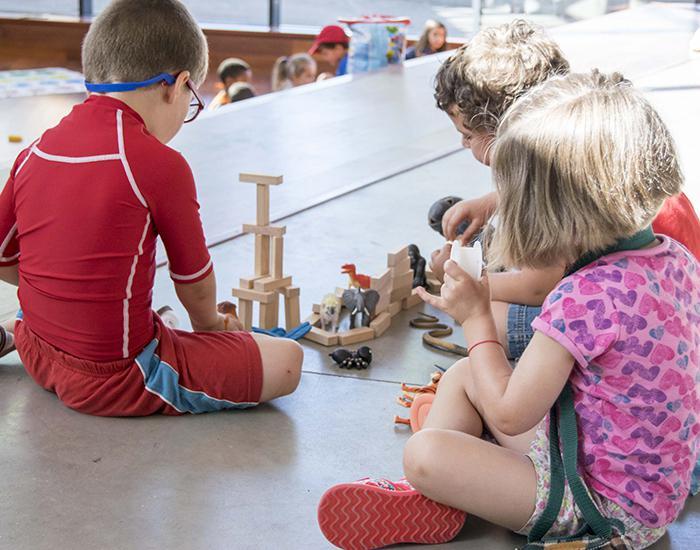 Cerca de 200 niños participarán en el campamento urbano de Marchamalo