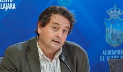 """Úbeda: """"Volveremos a actuar en el entorno de la Antigua para evitar la proliferación de cucharachas"""""""