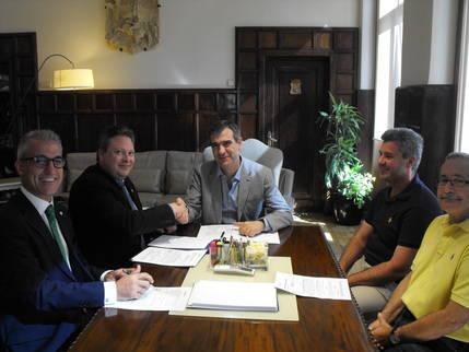 El Ayuntamiento de Guadalajara suscribe un préstamo con GlobalCaja por 2,8 millones