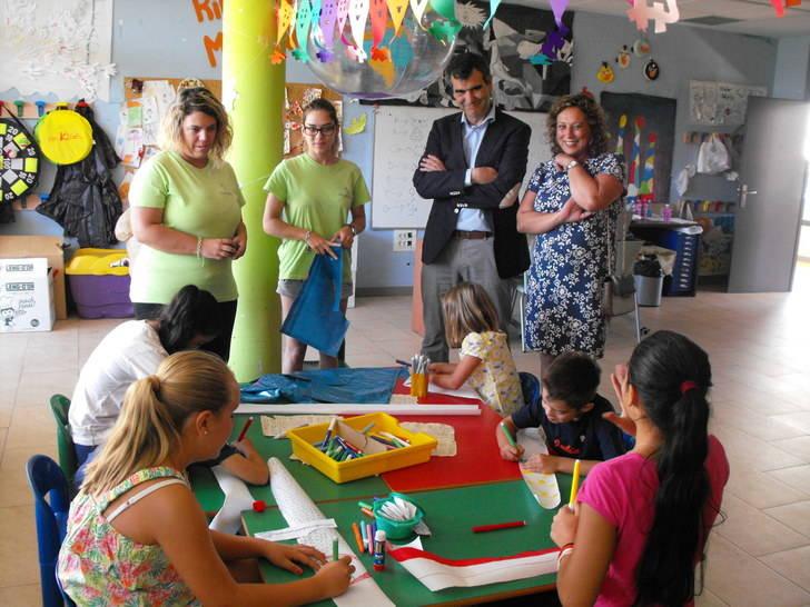 El Ayuntamiento favorece la conciliación en verano ofertando 1.000 plazas a través de sus actividades de familia e infancia
