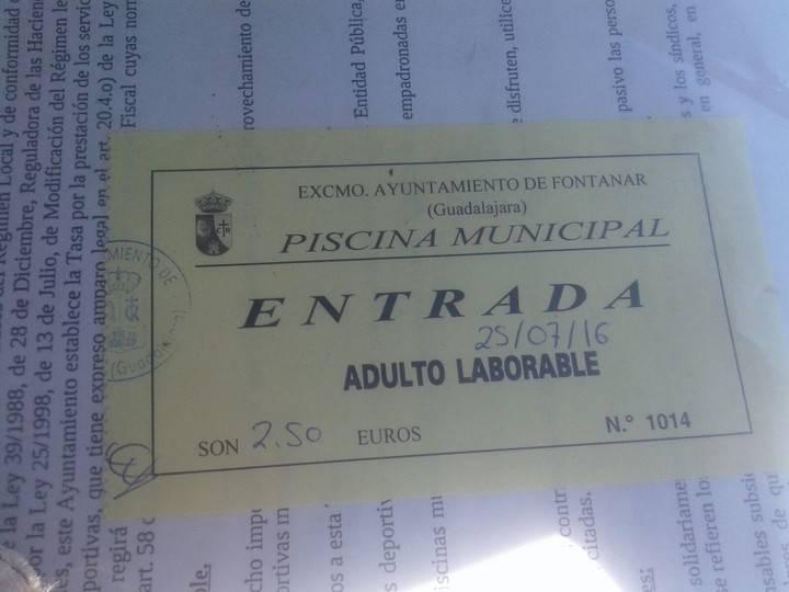 """El PP de Fontanar denuncia """"el cobro 'irregular' de tasas abusivas"""" en la piscina municipal"""