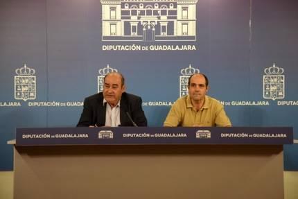La Diputación ha atendido a una veintena de pueblos con cisternas de agua potable en lo que va de año