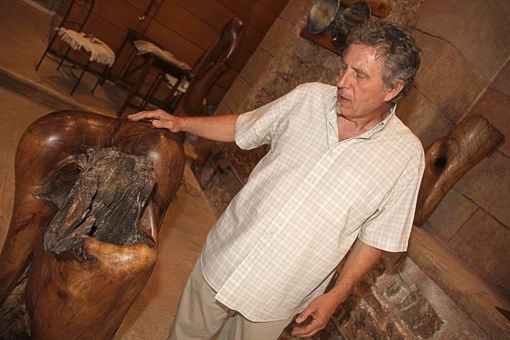 Gran éxito de la exposición 'Olvidando' de Guillermo de Lama en la seguntina Ermita del Humilladero