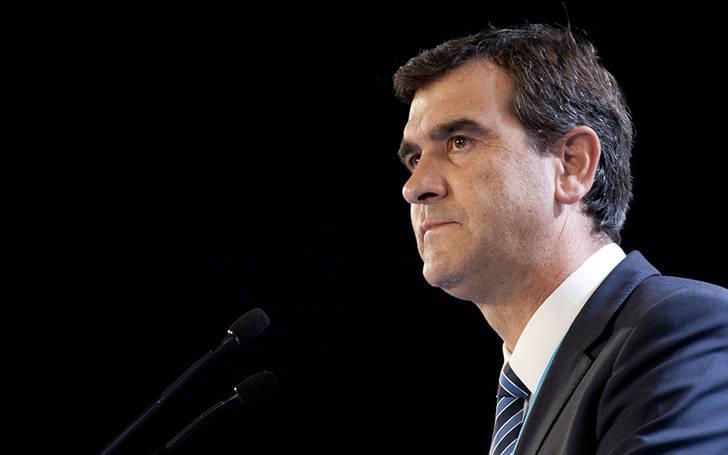 Antonio Román adquiere 30 nuevos compromisos que cumplirá durante el próximo año