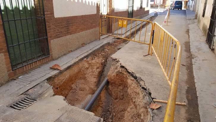 Recta final a multitud de obras de mejora realizadas en colegios y centros municipales este verano en Cabanillas