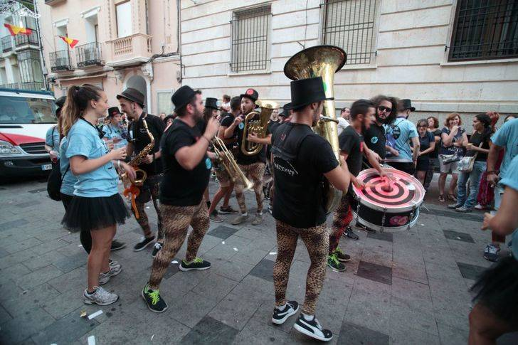 Balance satisfactorio del dispositivo de seguridad de las ferias y fiestas