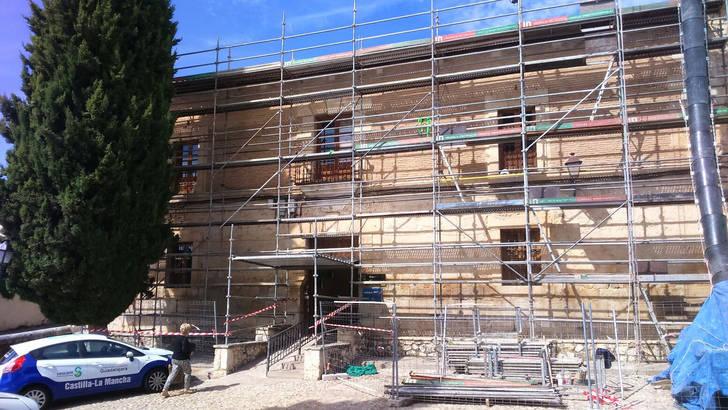 Ayuntamiento y Fundación Enresa renuevan la cubierta del Centro de Salud Comarcal de Pastrana