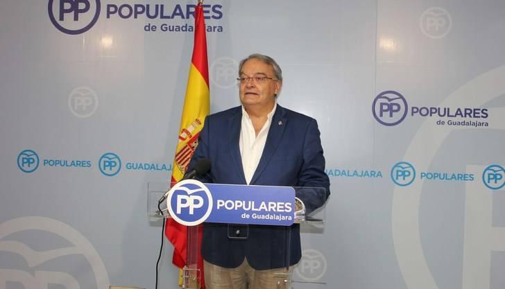 """De las Heras: """"Una vez que Page ha colaborado en el hundimiento de Sánchez ¿Tendrá tiempo ahora para dedicarse a Castilla-La Mancha?"""""""