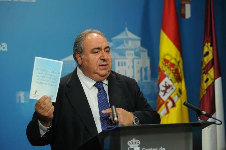 Tirado califica el discurso de Page como el más decepcionante de la historia de los presidentes de Castilla-La Mancha