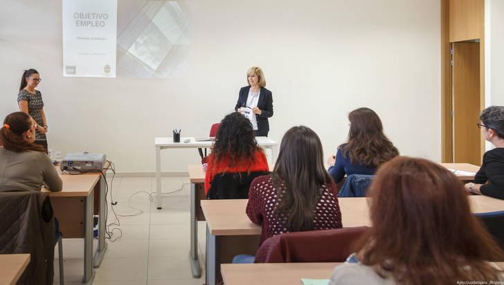 Comienzan las actividades del programa Objetivo: Empleo, que imparte el Servicio de Psicología Aplicada