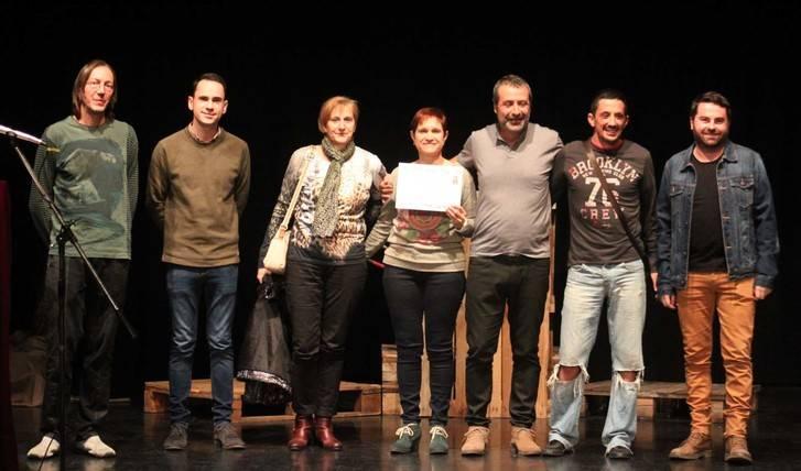 """Paranoia Teatro, de Humanes, gana la I Muestra de Teatro """"Entre bambalinas"""" en Cabanillas del Campo"""