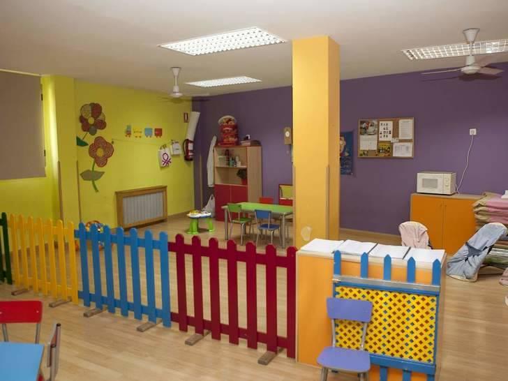Verónicas Renales asegura que las escuelas infantiles municipales funcionan con total legalidad