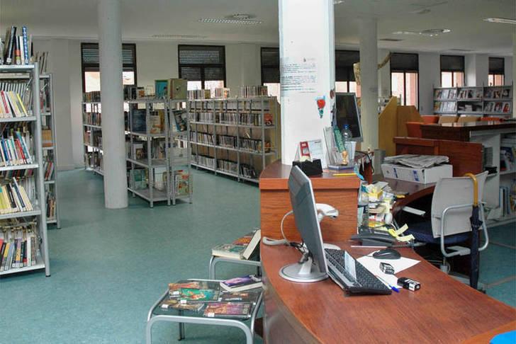 La Biblioteca azudense, mención especial en la convocatoria 'María Moliner' por el 'Pasaporte cultural'