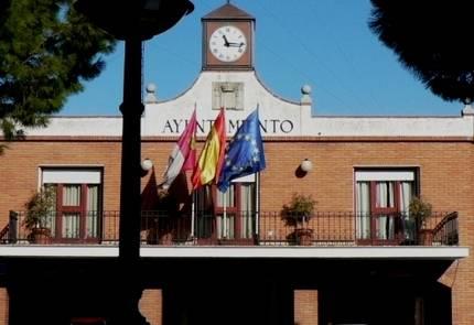 El Grupo Popular tiene serias dudas sobre las contrataciones que hacen los socialistas desde el Ayuntamiento de Azuqueca