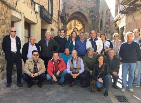 Alcaldes y concejales de la Sierra Norte trasladan al PP su preocupación por las promesas incumplidas de Page en esta zona de la provincia