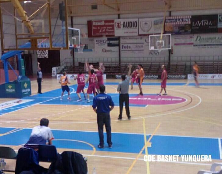 El JUPER Basket Yunquera vence, convence, y aumenta la distancia con su inminente perseguidor al liderato