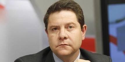"""STE-CLM denuncia que Page y su Gobierno """"paga favores con dinero público"""""""