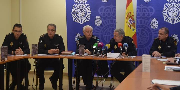 La Policía Nacional se apoya en la Policía Local y la seguridad privada para su Plan Comercio Seguro en Guadalajara