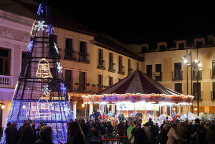 El alcalde de Guadalajara inaugurará esta tarde el mercado navideño de la Plaza Mayor
