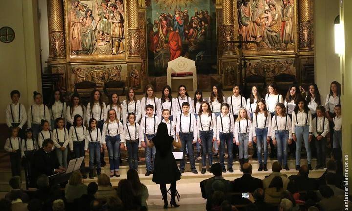 """La Concatedral de Santa María vibra con """"Voces de Navidad"""""""