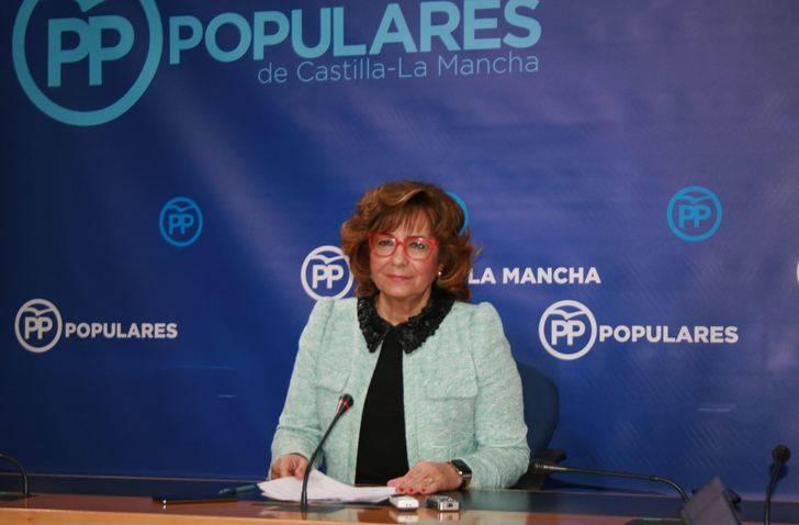 Riolobos pide a Page que destine la mayoría de los 40 millones del Gobierno de Rajoy a reducir las listas de espera, que podrían alcanzar los 300.000 pacientes