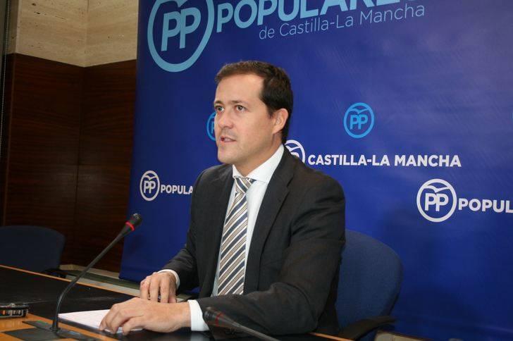 Velázquez denuncia los graves recortes de Page en Sanidad, Bienestar Social y Dependencia