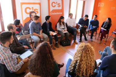 J's de Castilla-La Mancha se dan cita en la capital toledana para debatir sobre los Estatutos de Ciudadanos