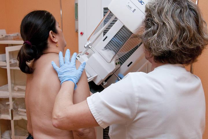 Arranca la campaña de cribado de cáncer de mama para la detección precoz de la enfermedad para 32.610 mujeres en Guadalajara