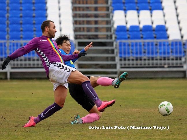 Derrota difícil de explicar la que sufrió el Dépor en la visita del Manchego Ciudad Real al Escartín (0-2)
