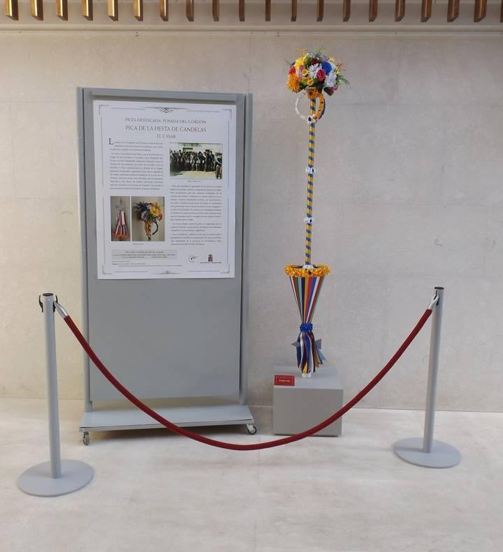 """Exposición de una """"Pica de Candelas"""" de El Casar en la """"Posada del Cordón"""" de Atienza"""