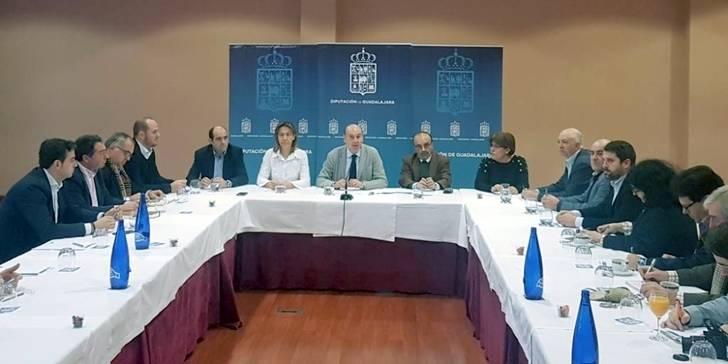 Inversión, Viaje a La Alcarria y Servicio Provincial de Residuos: Balance de 2016 en Diputación