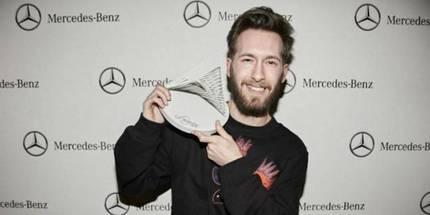 El diseñador marchamalero Juan Carlos Pajares gana el Mercedes Benz Fashion Talent