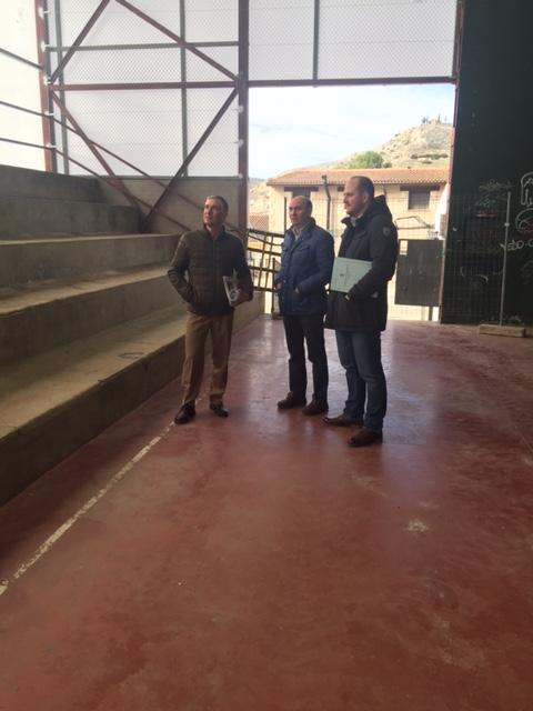 Latre comprueba el resultado de varias obras de mejora en instalaciones deportivas de la provincia de Guadalajara