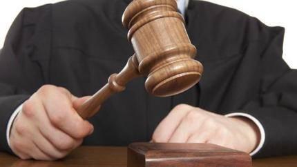 El juzgado da la razón a 64 afectados por cláusulas suelo que demandaron amparados por el ayuntamiento de Azuqueca