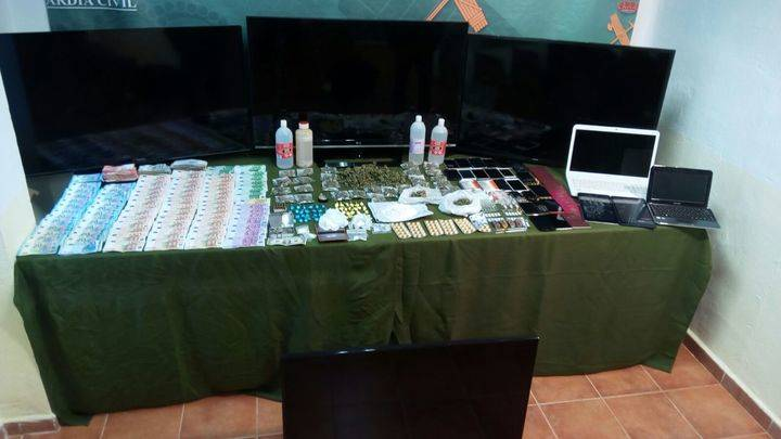 Operación Jarete : 33 detenidos y 12 kilos de cocaína incautados