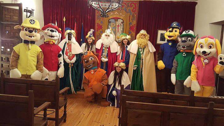 La Cabalgata de los Reyes Magos llena de ilusión el corazón de Pastrana