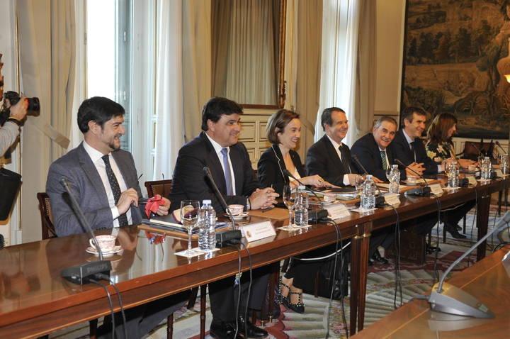 El alcalde de Guadalajara participó en el encuentro celebrado entre la FEMP y el Gobierno