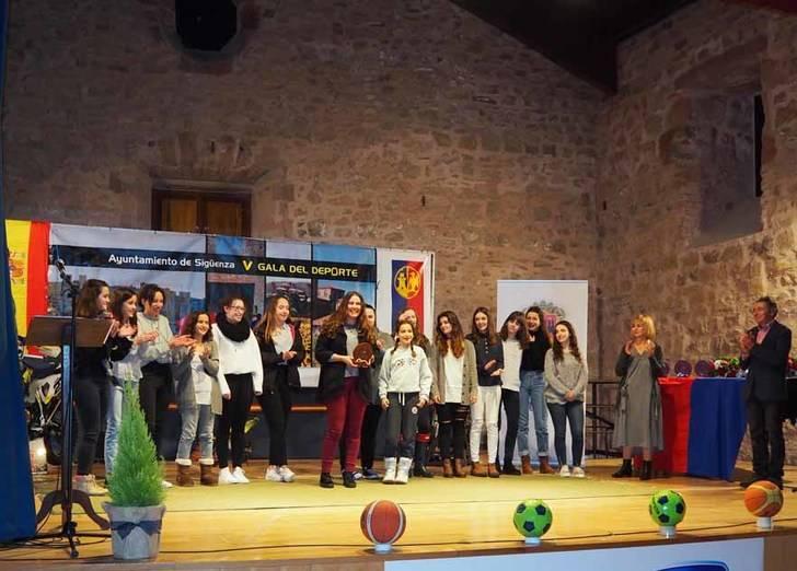 La V Gala del Deporte reconoce los méritos de los deportistas seguntinos en 2016