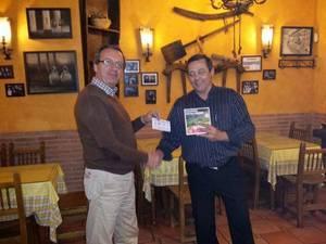 Gregorio Peiró Viana, ganador del premio del I Trofeo de Navidad de Fútbol del Hogar Alcarreño