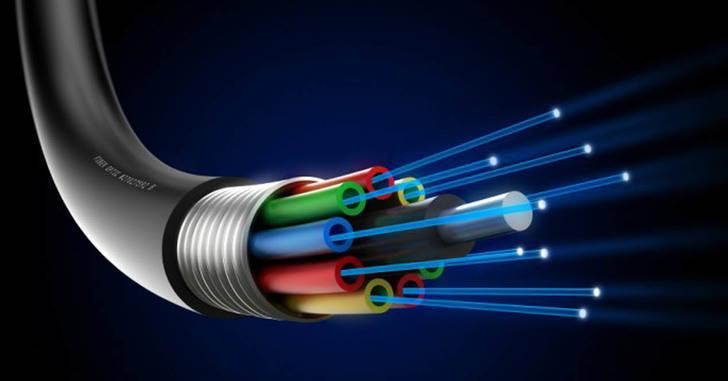 Castilla La Mancha a la cola en fibra óptica con 2,2 líneas por cada 100 habitantes, España cuenta de media con 6,8 líneas