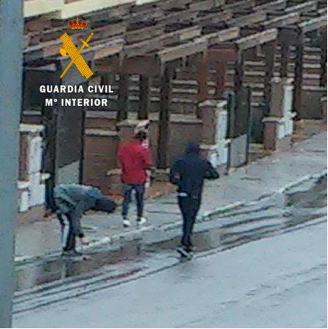 Detienen a cinco personas por delitos de robo en viviendas en varios pueblos de Toledo