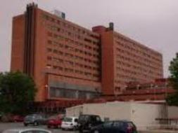Trasladan a un menor al hospital tras ser atropellado por un turismo en Guadalajara