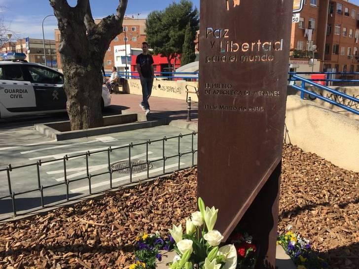 Homenaje del Ayuntamiento de Azuqueca a las víctimas de los atentados del 11-M