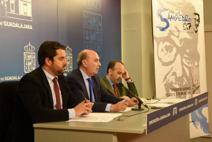 La Diputación de Gudalajara se toma en serio el homenaje a José Luis Sampedro
