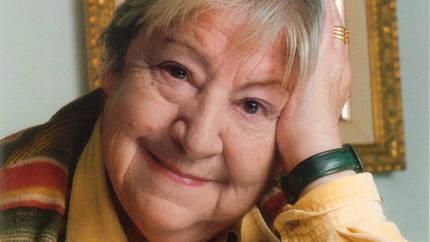 Quer celebrará el Día Mundial de la Poesía homenajeando a Gloria Fuertes