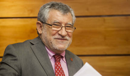 Artículo del consejero de Educación, Ángel Felpeto, con motivo del Día del Libro : El libro, la lectura y el progreso