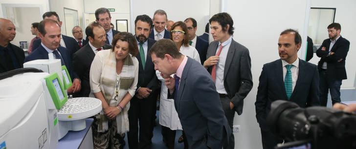 El grupo Chemo inaugura en presencia de Page su nueva planta farmacéutica en Azuqueca