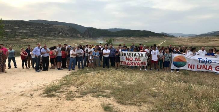 Tercera marcha de Entrepeñas y Buendía contra el trasvase Tajo-Segura