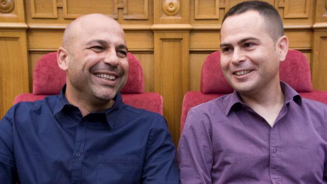 """Sube la tensión entre los dos diputados regionales de Podemos : García Molina le pide a Llorente """"que sea valiente"""" y le deja por mentiroso"""